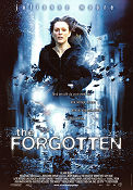 The Forgotten 2004 poster Julianne Moore